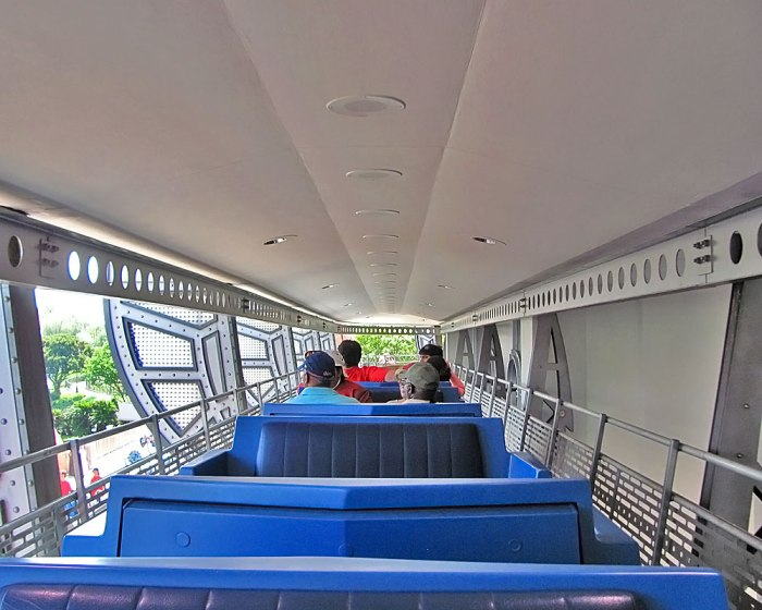 people-mover-magic-kingdom